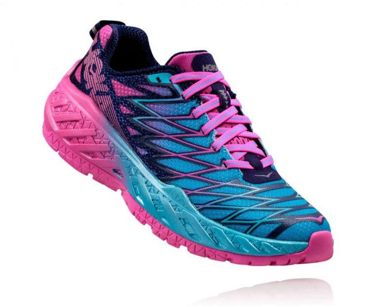 נעלי ריצה לנשים - הוקה דגם: CLAYTON 2