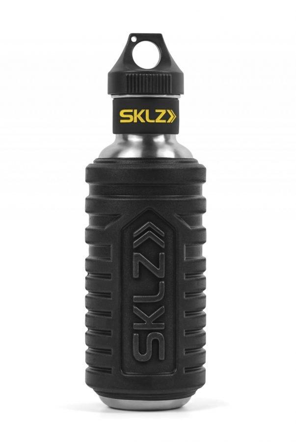 בקבוק שתייה ועיסוי - HYDRO ROLLER של מותג הספורט SKLZ