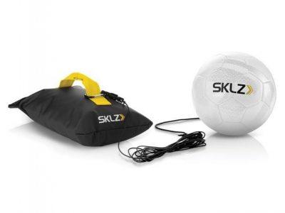 כדור אימון לתרגול בעיטות ומסירות של SKLZ