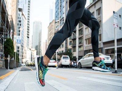 נעלי BROOKS