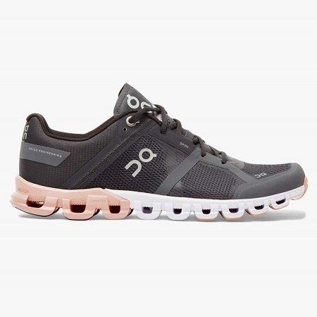 נעלי ריצה לאשה של חברת ON CLOUD FLOW