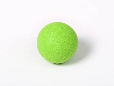 כדור עיסוי קשיח
